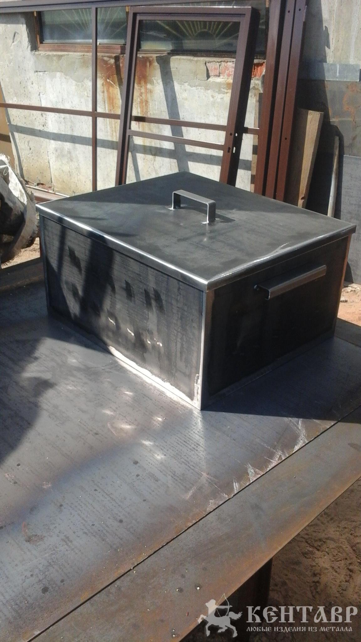 изготовление металлических дверей для дачи